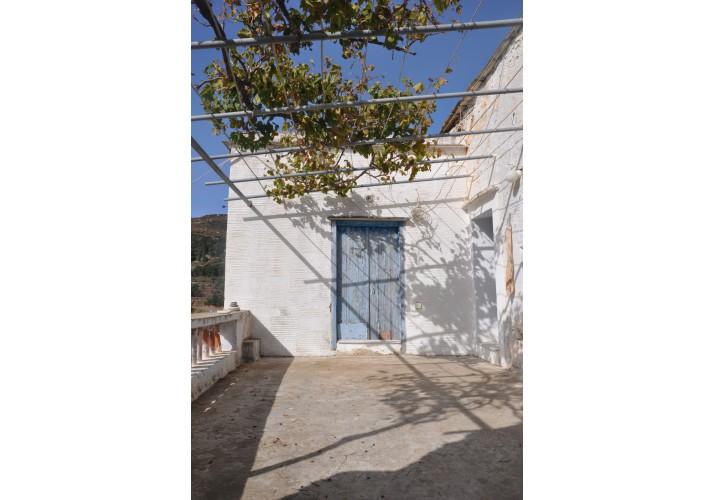 Α4 Βεράντα και πόρτα εισόδου